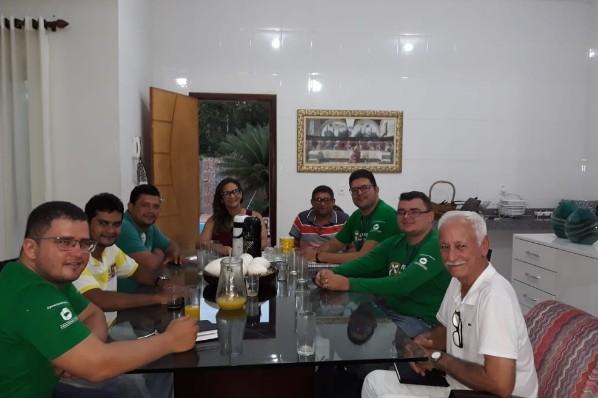 Prefeita Joice Marinho se reúne com representantes do Banco do Nordeste reforçando parcerias do município com a entidade