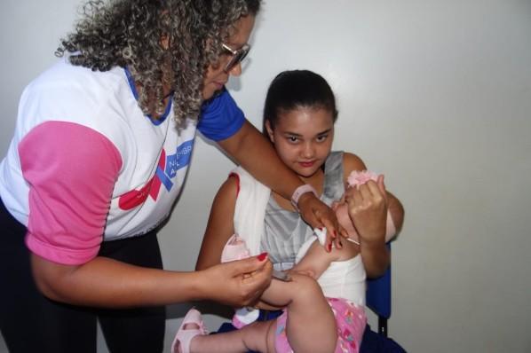 """Amarante tem """"Dia D"""" de vacinação contra o sarampo"""