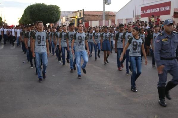 Prefeitura de Amarante realiza desfile cívico em comemoração ao Dia da Independência do Brasil