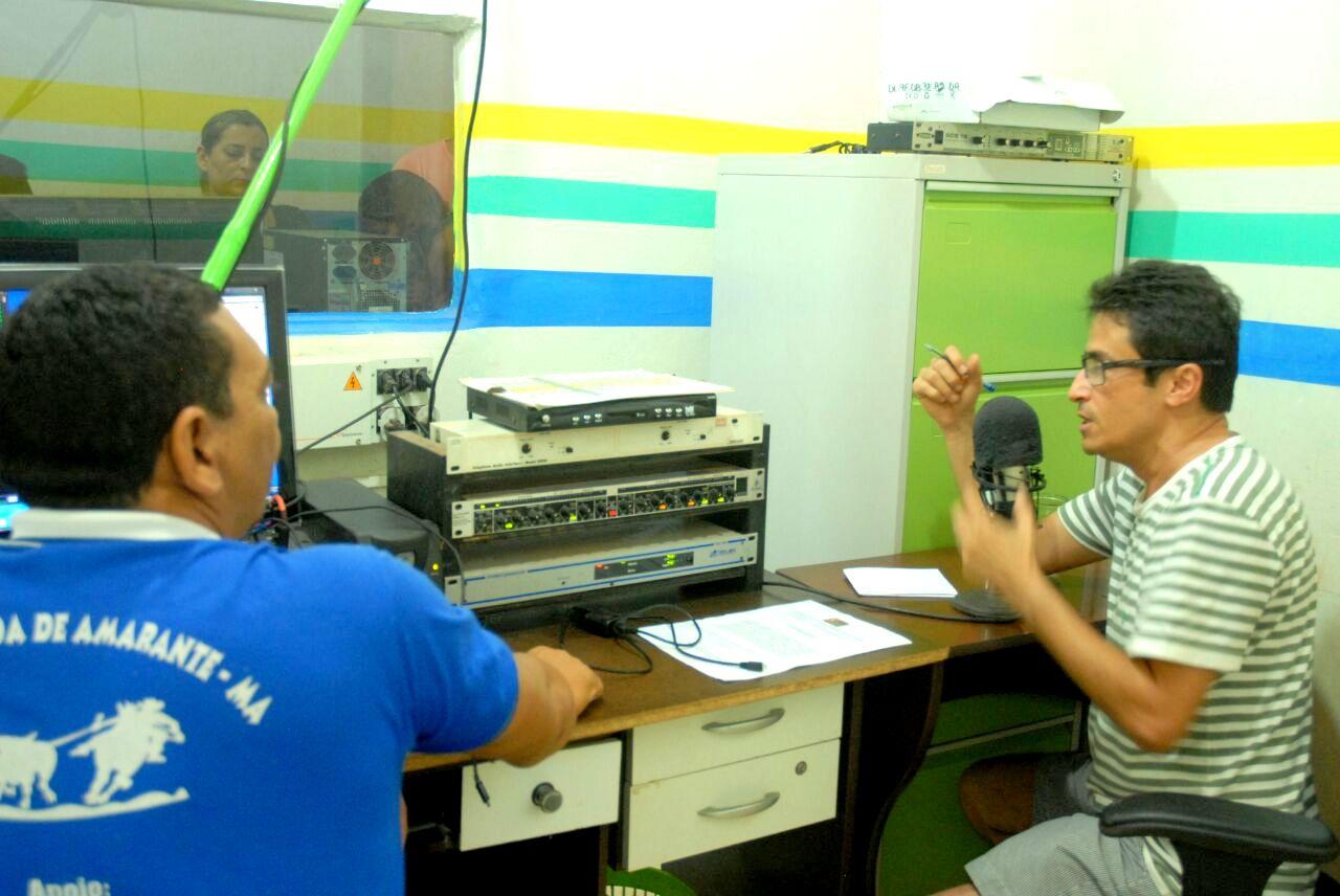 Chefe de Gabinete da Prefeita de Amarante Dr. Marconi Duailibi concede entrevista à rádio Antena 10 FM