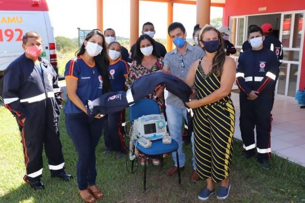 SAÚDE - Prefeitura de Amarante entrega novos uniformes à equipe do SAMU