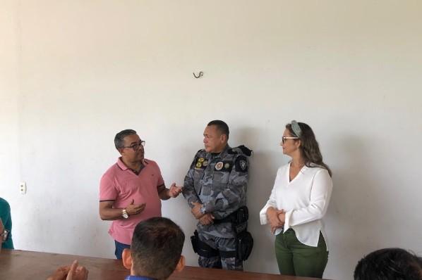 Prefeita Joice Marinho dá as boas-vindas ao novo comandante do 34° BPM de Amarante