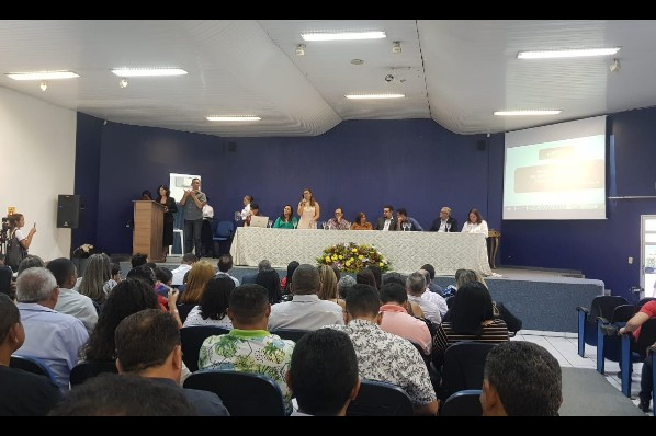 AMARANTE - Prefeita Joice Marinho assina acordo de cooperação entre município e UEMASUL.