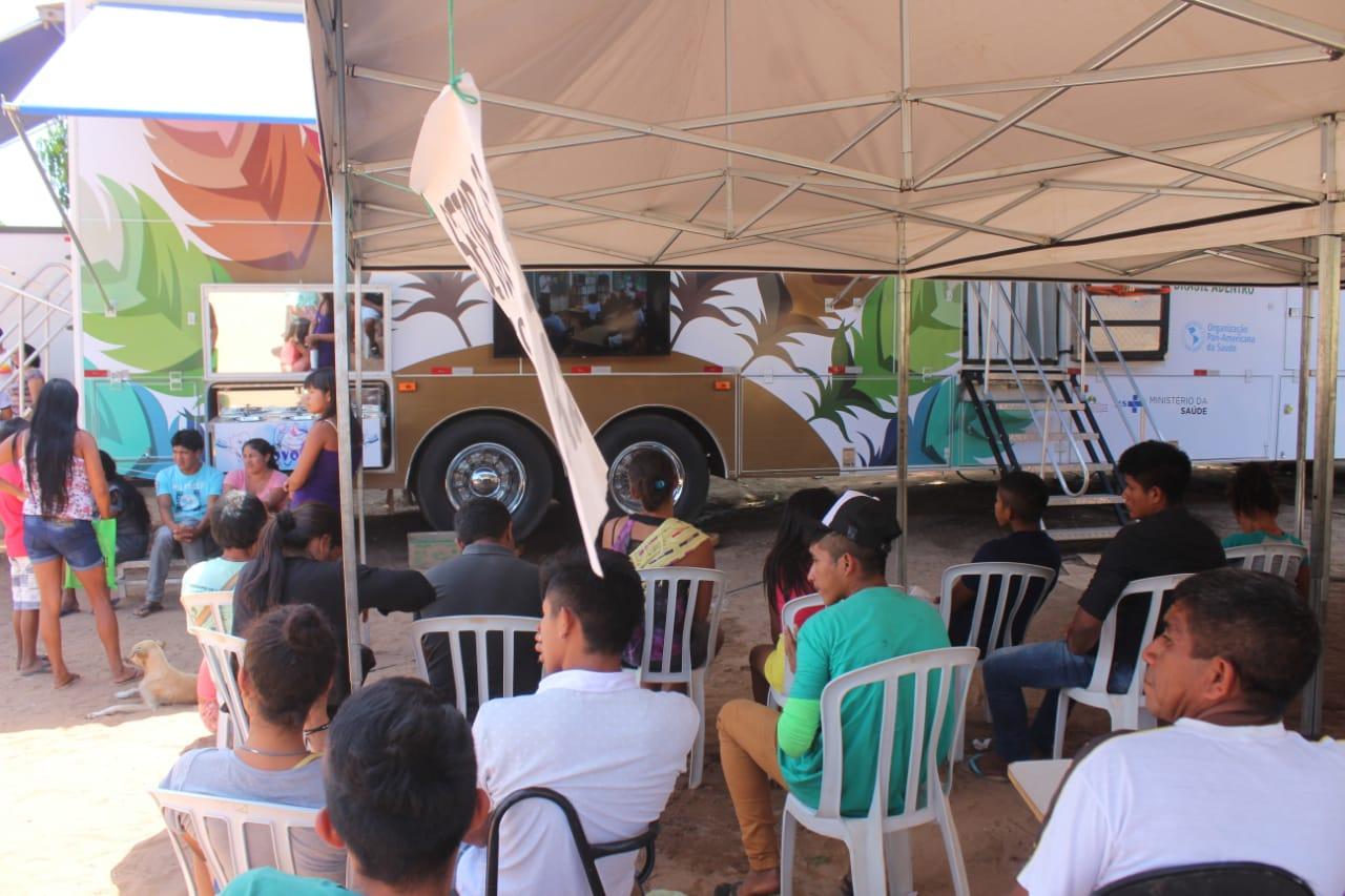 Carreta da Saúde Bucal garante atendimento para indígenas de Amarante